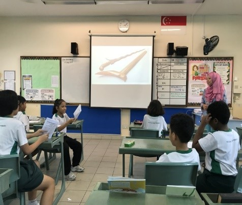 malay language culture camp: classroom learning