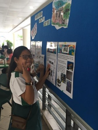 MTF-Malay Language: Student reading about Malay culture