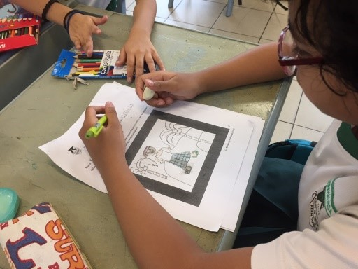MTF-Malay Language: Student doing artwork on Malay Culture