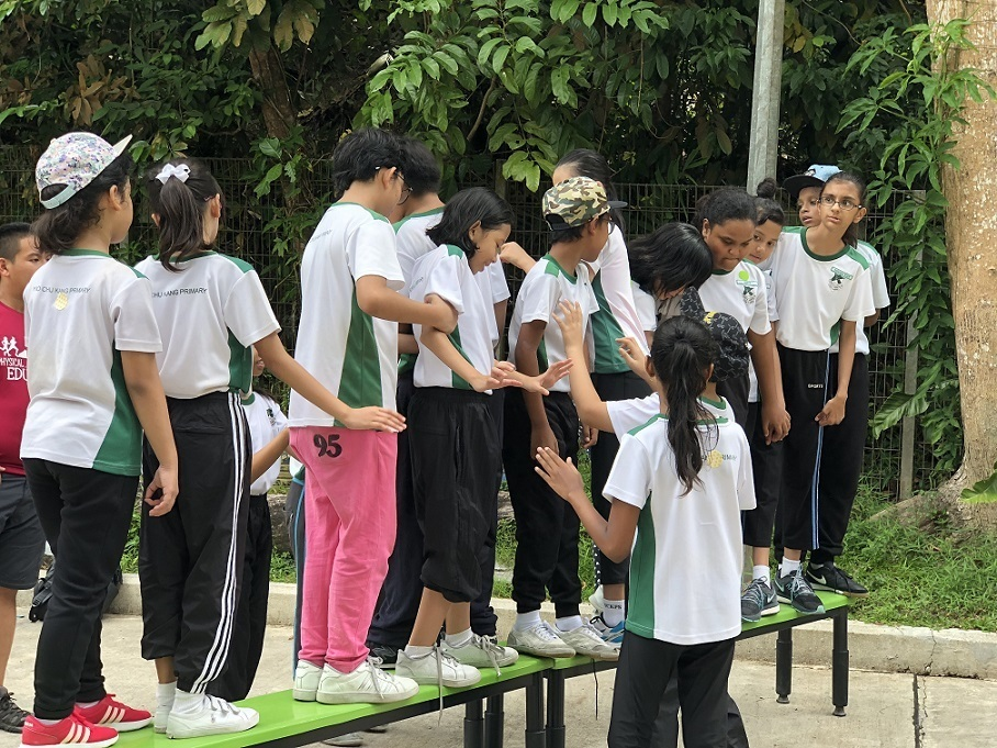 students playing cooperation game